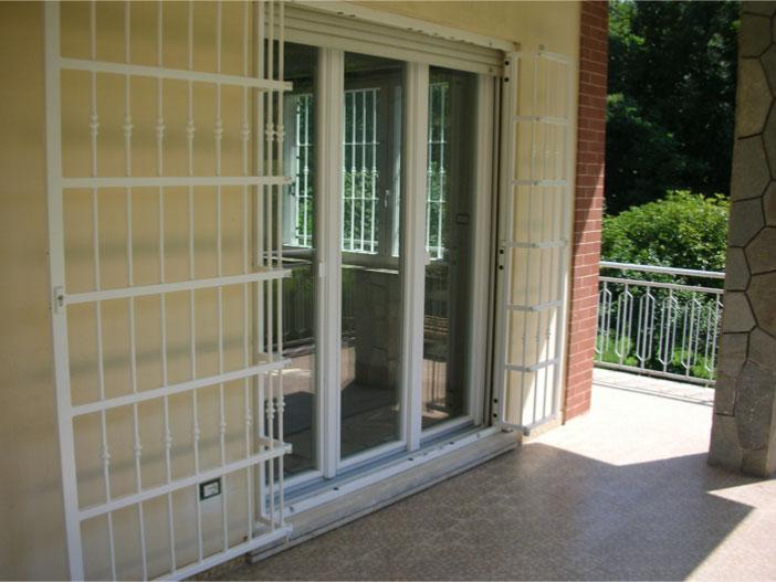 Inferriate porte finestre grata inferriata in ferro - Finestre leroy merlin ...