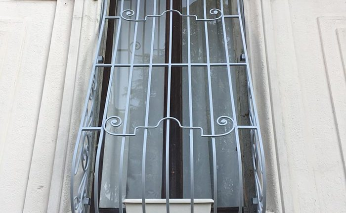 Inferriate per finestre con decoro Bombato grigio ral 02