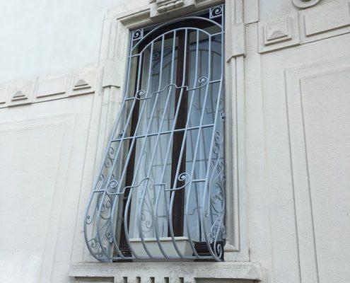 Inferriate per finestre con decoro Bombato grigio ral 03