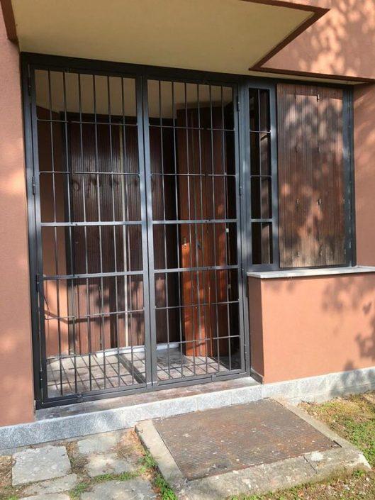 Inferriate per finestre con forme irregolari antracite mic 01