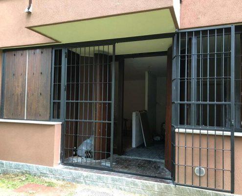 Inferriate per finestre con forme irregolari antracite mic 03