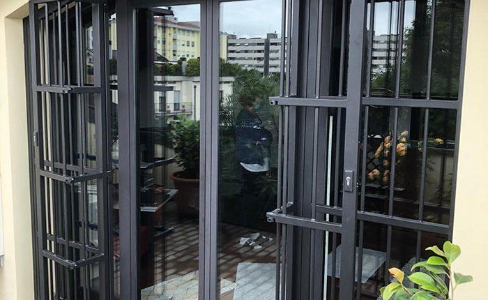 Inferriate per finestre con forme irregolari antracite micaceo 02