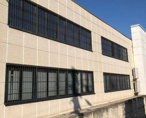 Inferriate per finestre con forme irregolari grigio micaceo 02