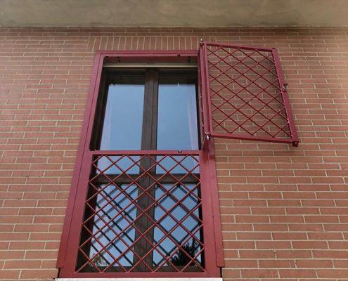 Inferriate per finestre con forme irregolari rosso ral 01