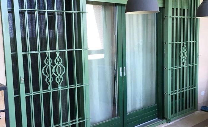 Inferriate per finestre con forme irregolari verde ral 02